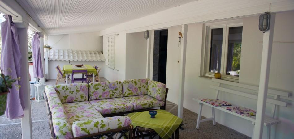Shared Veranda - Second floor